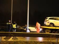 Botsing op N261 bij Waalwijk, een persoon lichtgewond