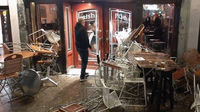 Ongeregeldheden tussen aanhang PSV en Sturm Graz: 4 arrestaties en 2 politiemannen gewond