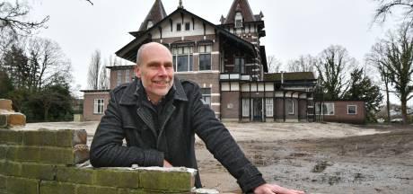 'Storkiaan' is al ver met monument stakingen in Hengelo
