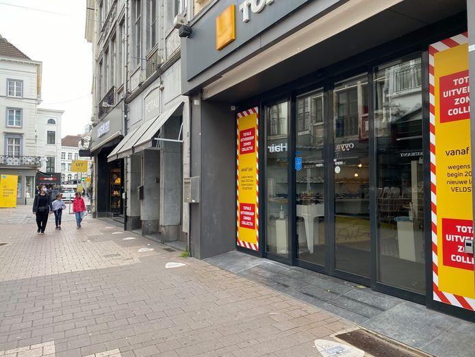 Beide Torfs-winkels in de Langemunt sluiten begin 2022 de deuren.