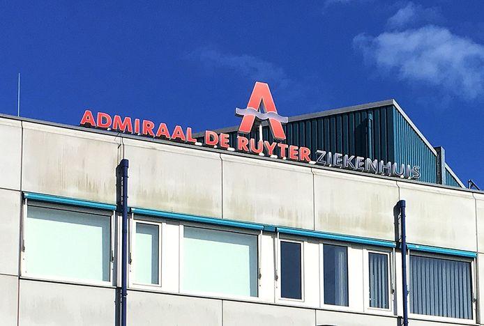 De afdeling geriatrie-neurologie van het ADRZ in Goes is door corona-besmetting in quarantaine geplaatst.