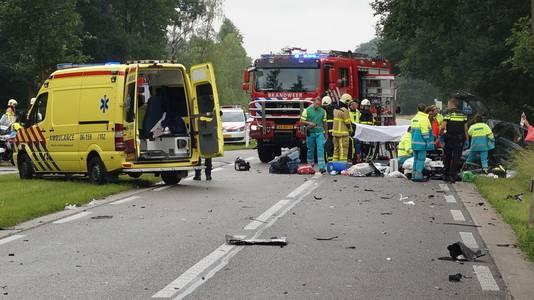 De Ruurloseweg na het fatale ongeval.