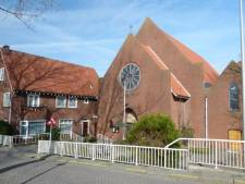 Grote kerkenveiling in De Lier
