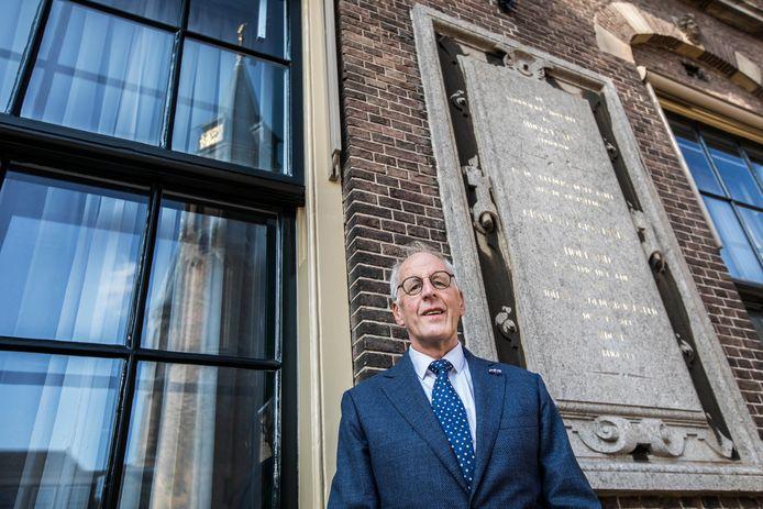 Jan Goossensen wil de Hofkapel op het Binnenhof in ere herstellen.