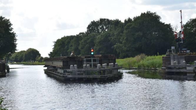Haperende spoorbrug legt treinverkeer lam tussen Meppel en Steenwijk