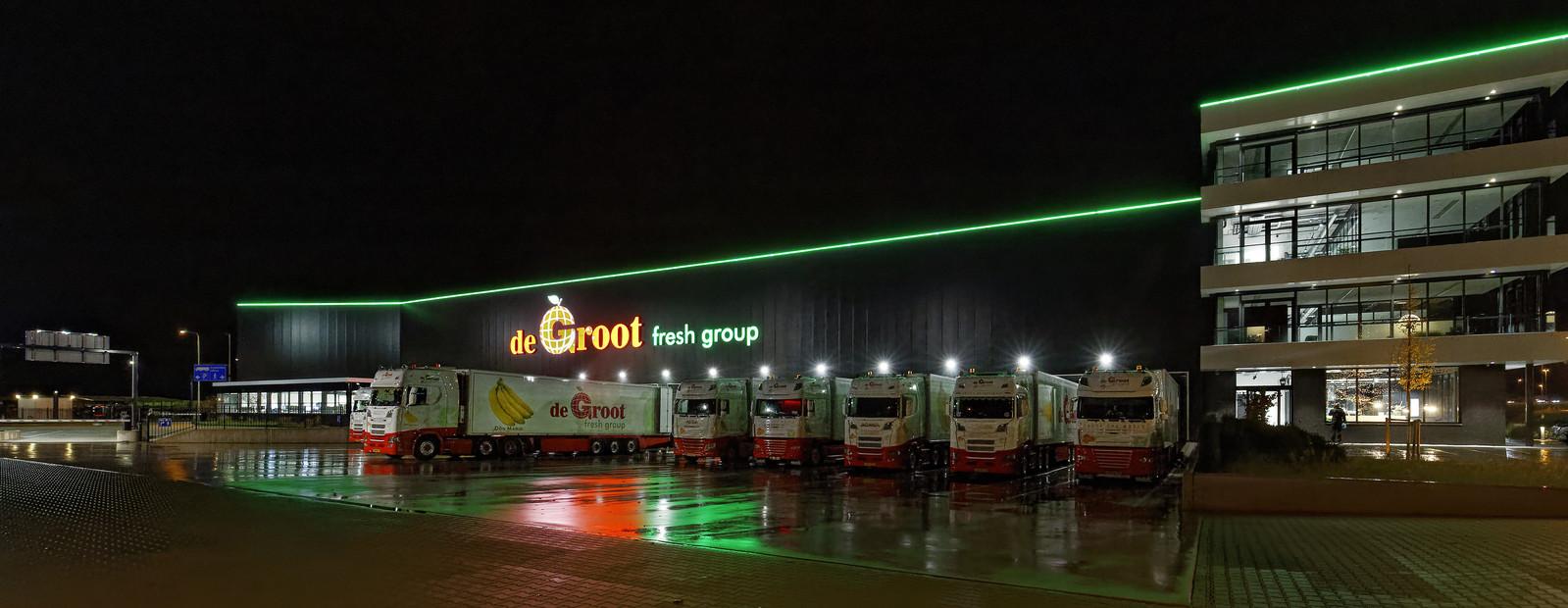Een medewerker van De Groot uit Hedel werd afgelopen weekeinde belaagd met zwaar vuurwerk.