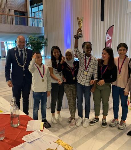 Team van Het Mozaïek wint debat op stadhuis van Arnhem