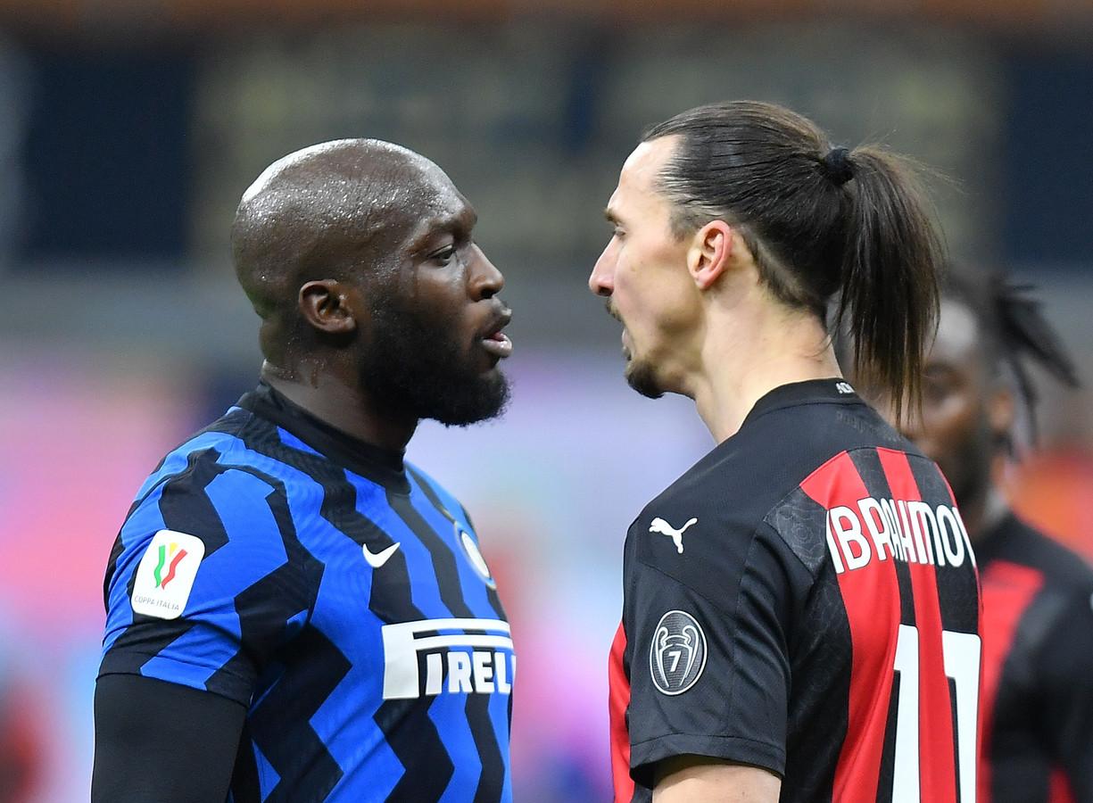 Zlatan Ibrahimovic (r) en Romelu Lukaku zijn bepaald geen vrienden van elkaar.
