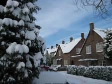 Yoga in de sneeuw, fietsen in de sneeuw, hardlopen in de sneeuw. Wintersport op een zondag