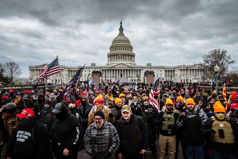 Boze aanhangers van president Trump woensdag in Washington, voordat zij het Capitool bestormen. Beeld AFP