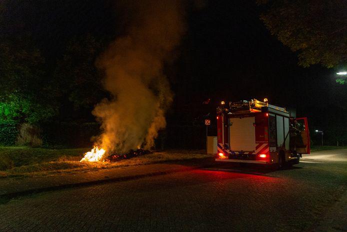 In Oosterhout stond gemaaid gras in brand.