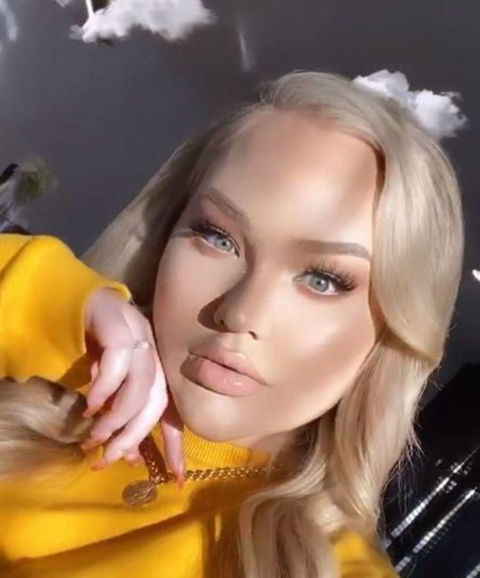 Nikkie na het opnemen van haar coming out-video.