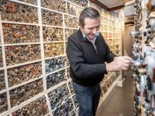 Crisis raakt stoffenwinkel Smitje, bijna 100 jaar oud, hard. Maar een webshop, daar begint eigenaar Harrie niet meer aan