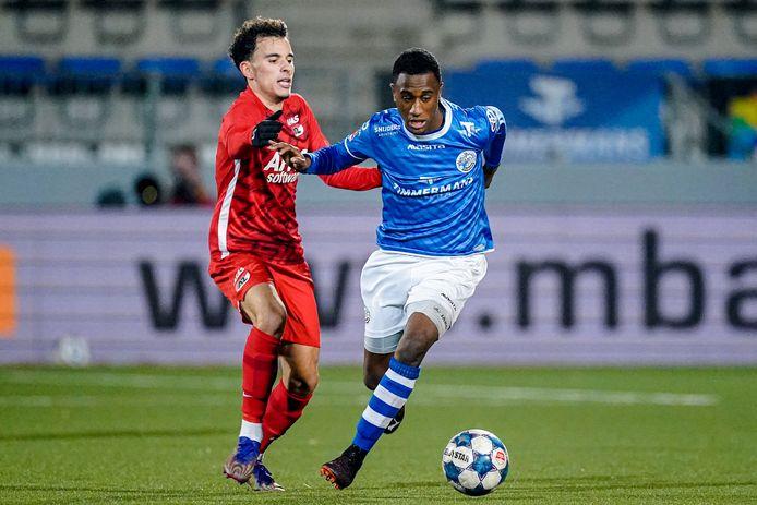 FC Den Bosch en Jong AZ stonden gisteren tegenover elkaar in een duel in de kelder van de Keuken Kampioen Divisie.
