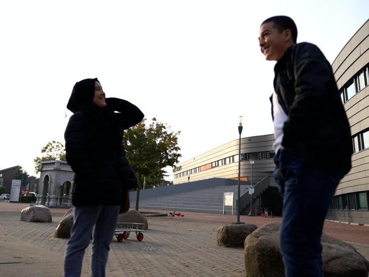 Zo zag eerste lesdag voor Afghaanse kinderen in Nijmegen eruit