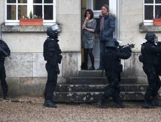 Teruglezen - Klopjacht op hoofdverdachten aanslag Charlie Hebdo