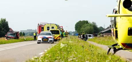 Vrouw (72) in kritieke toestand naar het ziekenhuis na frontale botsing op N482