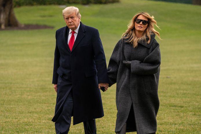 Donald Trump met echtgenote Melania na hun terugkeer uit Florida