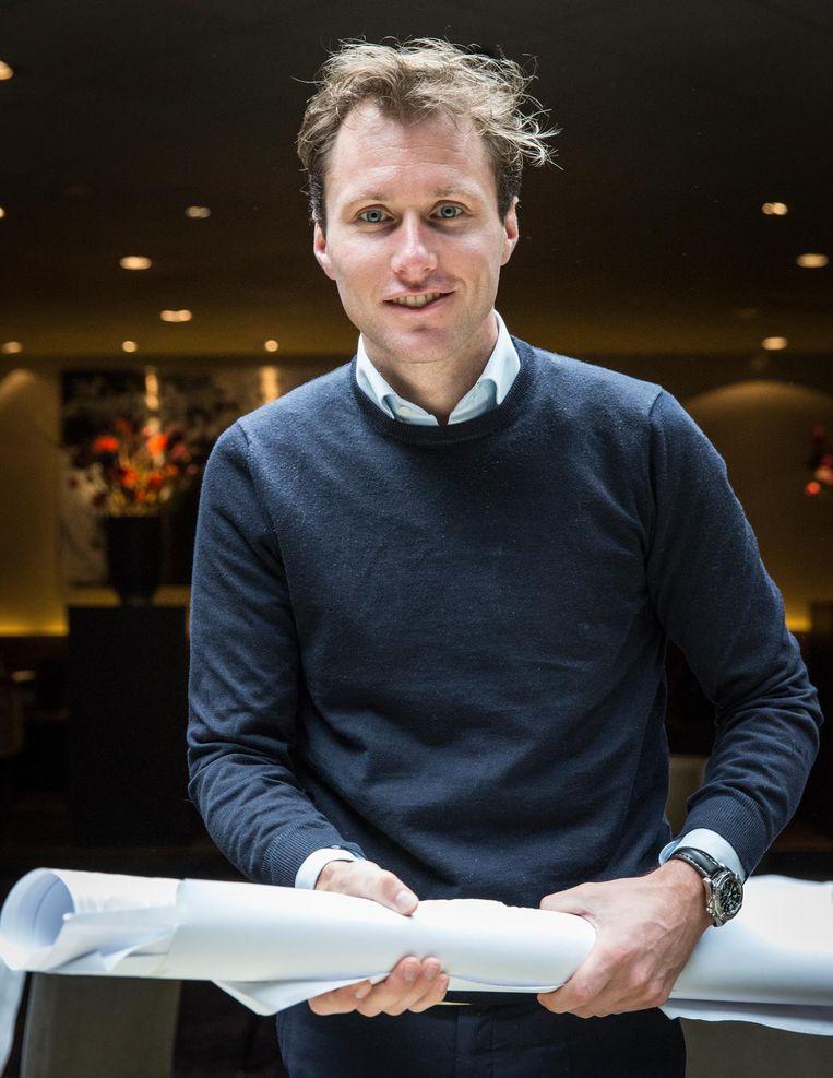 Onder leiding van general manager Nick Timmers - zijn moeder is een Van der Valk - 'ontchineest' Hotel Breukelen; met veel glas en hout, en strakke lijnen. Timmers groeide er op als kind Beeld Dingena Mol