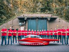 Solar-auto suist over Varsselring