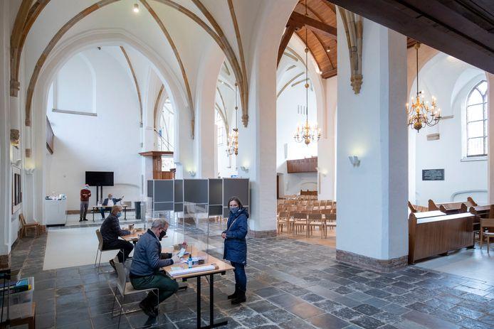 Stemmen in de Grote Kerk in Wageningen was heel populair