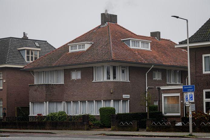 Het Catharinahuis aan de Lasondersingel.