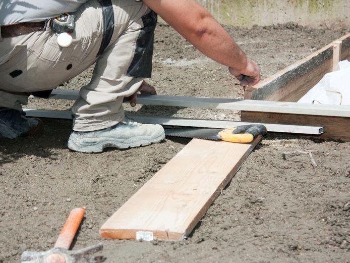 Om verzakkingen te voorkomen, moet de ondergrond voldoende draagkrachtig zijn.