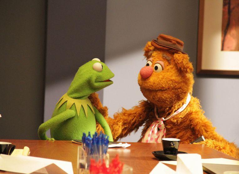 Kermit en Fozzie in de reüniereeks 'The Muppets'. De originele 'The Muppet Show' verschijnt nu voor het eerst volledig online. Beeld Q2