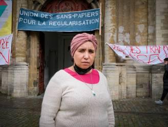 """Nezha herstart hongerstaking: """"Als zij wordt geweigerd, dan zal 90% van ons geweigerd worden"""""""