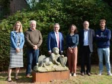 Stenen beelden van Pieter Pepers keren na honderd jaar terug naar hun oorspronkelijke thuis op het kasteeldomein Rooigem
