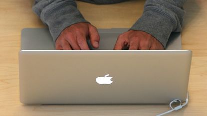 Virus besmet ruim half miljoen Apple-computers
