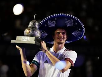 Zverev klopt Tsitsipas in finale in Acapulco en verovert zijn veertiende titel