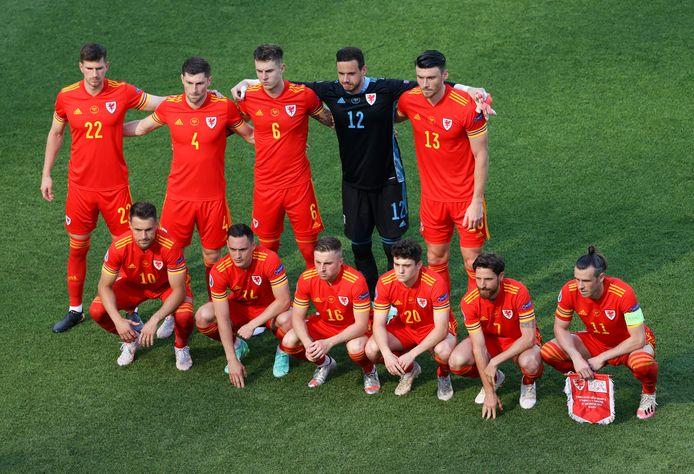De Welshman vanmiddag voor hun match tegen Zwitserland in het Olympisch Stadion van Baku.
