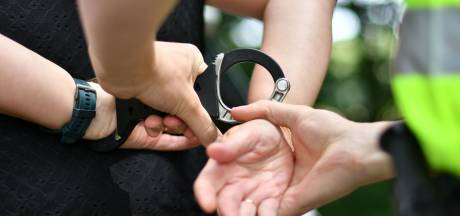 Twee Twentenaren gearresteerd op verdenking van vrouwenhandel voor illegale prostitutie