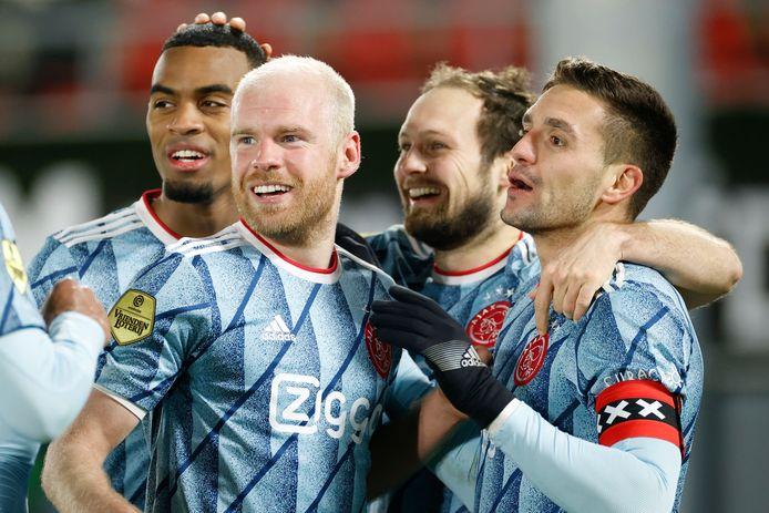 Ryan Gravenberch, Davey Klaassen, Daley Blind en Dusan Tadic na de 0-2 tegen AZ.