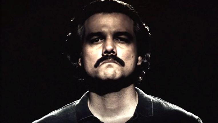 Acteur Wagner Moura speelt in de Netflix-serie Narcos drugscrimineel Pablo Escobar. Beeld YouTube
