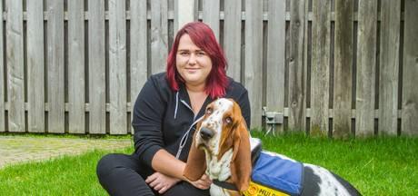 Laura van Dijk uit Veldhoven mag hulphond Jos niet mee naar de tandarts nemen