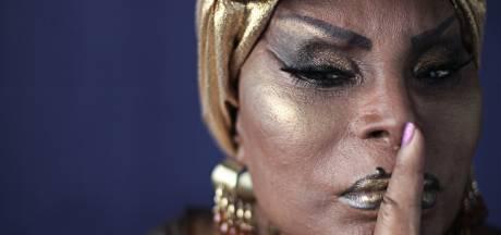 Legendarische sambazangeres (90) schittert op Haags festival: 'Zoeken naar verbinding in tijden van isolatie'