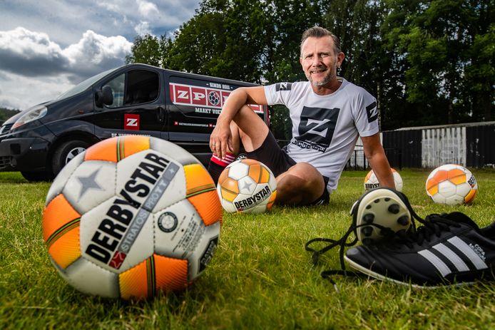 Han Piels, eigenaar van voetbalschool ZPORTZ. Hij begint een voetbalschool bij Koninklijke UD in Deventer.