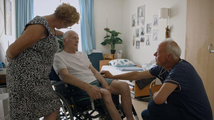 Dokter Kees met Willy Oppers en zijn vrouw Kitty