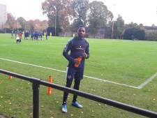 Applaus voor Kabangu: door corona gevelde Willem II'er lag op ic en is na drie maanden terug op trainingsveld