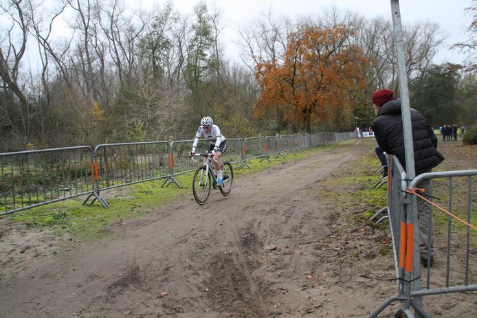 Sanne Cant op de Vlaamse Duinencross.