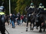 Politiecharges en arrestaties buiten Goffertstadion