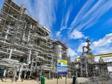 Shell viert cruciale uitbreiding van de raffinaderij in Pernis
