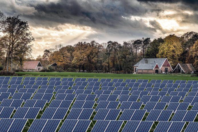 Schrikbeeld in de Winterswijkse buurtschap Woold: velden vol zonnepanelen in het veelgeprezen landschap.