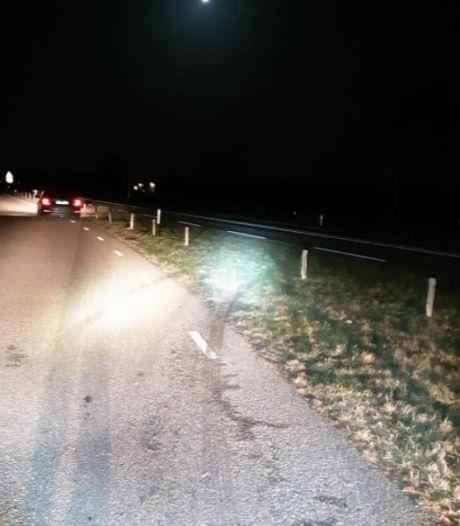Minderjarige snelheidsduivel slaat op de vlucht in gestolen auto met inbrekersgereedschap bij Zwolle
