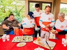 'Heel Ipse de Bruggen bakt'; bewoners duiken de keuken in voor gezond maaltje