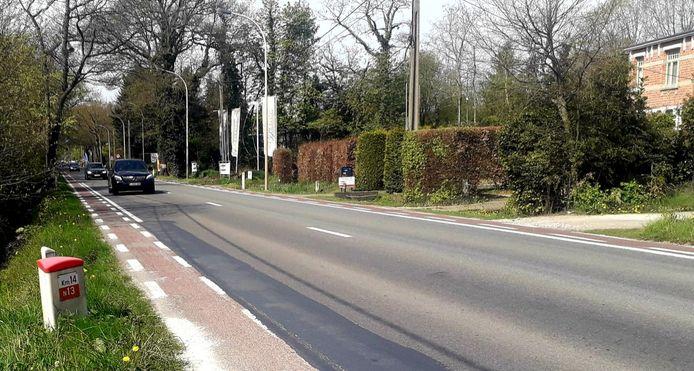 Binnenkort verdwijnen de 'moordstrookjes' langs de N13 in Grobbendonk