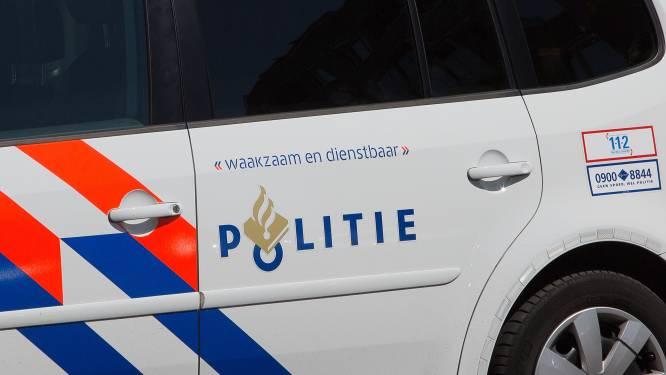 Auto ramt politiewagens tijdens achtervolging tussen Oisterwijk en Waalre: drie mannen opgepakt