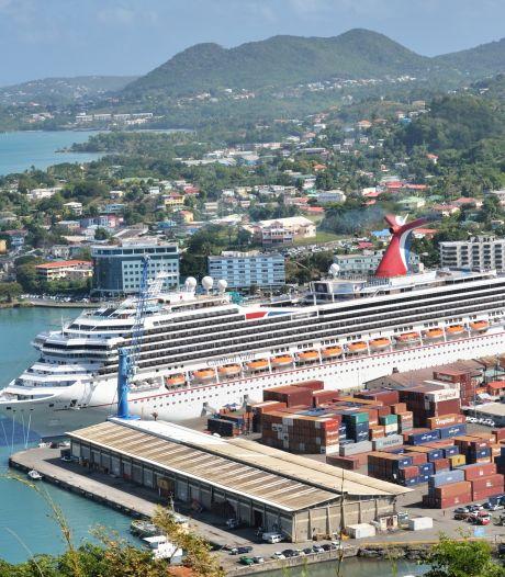 Cruiseschip in quarantaine: 300 mensen vast in Cariben na geval van mazelen